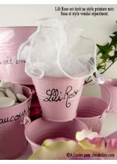 1 petit seau rose
