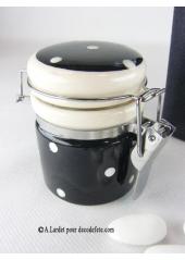 1 petit bocal peps noir