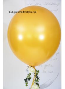 1 ballon GEANT 58cm or nacré