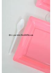12 Assiettes à dessert plastique carré rose