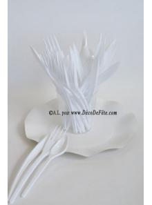 30 Couverts plastic blanc