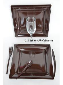 12 Assiettes chocolat carré 24 cm