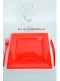 12 Assiettes rouge carré 24 cm