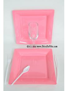 12 Assiettes rose carré 24 cm