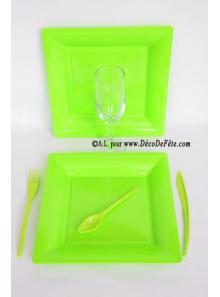 12 Assiettes vert anis carré 24 cm
