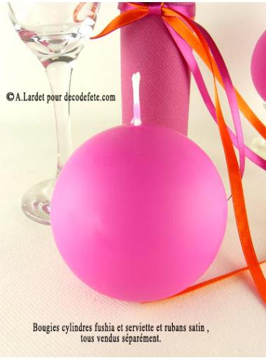 1 Bougie boule 8 cm fushia