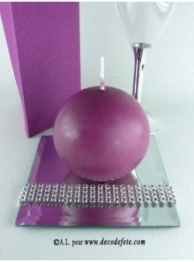 1 Bougie boule 8 cm aubergine