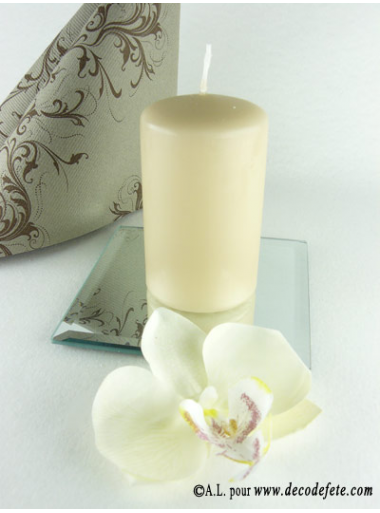 1 Bougie cylindre 10 cm caramel (taupe)