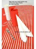 1 nappe presto ronde jetable rouge. Black Bedroom Furniture Sets. Home Design Ideas