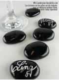 12 Galets de verre noir