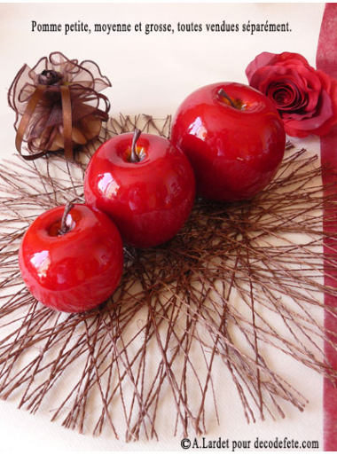 1 pomme rouge petite fausse pomme. Black Bedroom Furniture Sets. Home Design Ideas