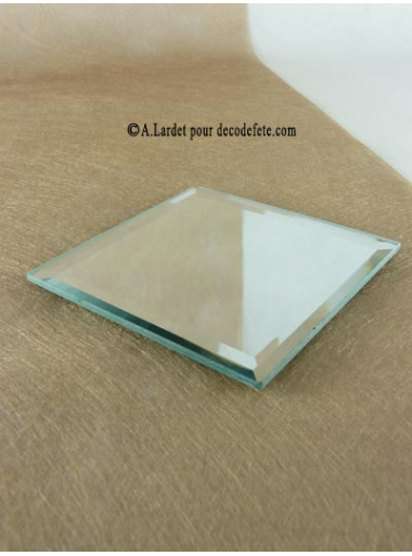 1 miroir carré 10 CM