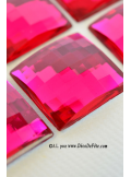 6 diamants carrés fushia