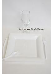 12 Assiettes blanc carré 23.5 cm