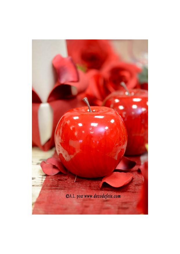 1 pomme rouge grosse fausse pomme. Black Bedroom Furniture Sets. Home Design Ideas