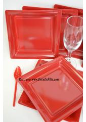 12 Assiettes à dessert plastique carré bordeaux