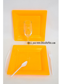 12 Assiettes orange carré 23.5 cm