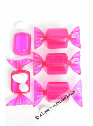 boites bonbon fushia boite drag es plastique. Black Bedroom Furniture Sets. Home Design Ideas