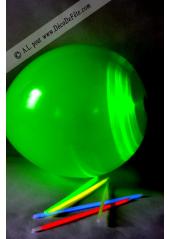 3 ballons lumineux vert