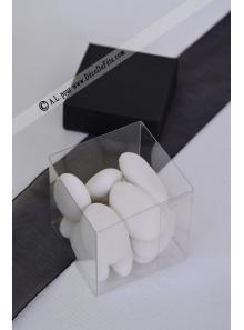 10 petits cubes transparent et noir