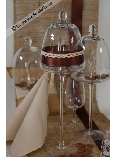 1 choche en verre sur pied 40cm. Black Bedroom Furniture Sets. Home Design Ideas