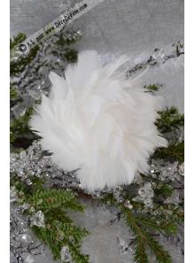 1 boule de plumes blanche 10cm