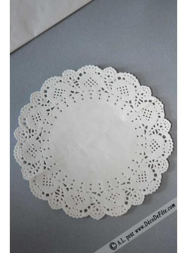 6 napperons papier dentelle 21.5cm