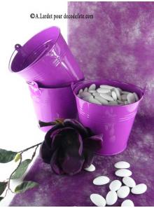 1 grand seau violet