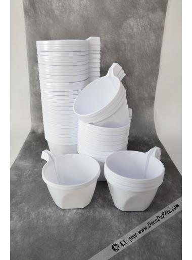 50 tasses caf plastique blanc. Black Bedroom Furniture Sets. Home Design Ideas