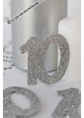 6 confettis chiffre 10 argent