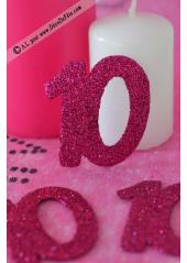 6 confettis chiffre 10 fushia