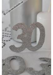 6 confettis chiffre 30 argent