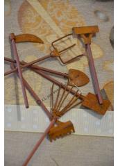 12 outils de jardin 9cm