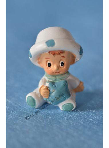 1 bébé chapeau bleu