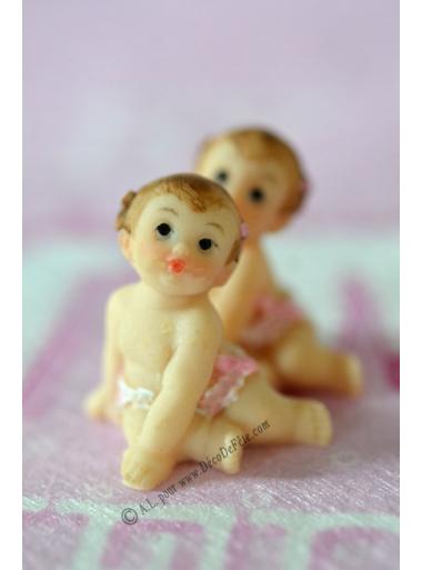 1 bébé FILLE rose