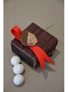 1 boite chocolat DECOREE remplies de dragées noisette