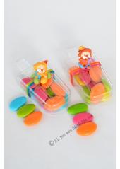 1 boite esquimau et clown debout