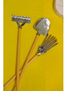 3 outils de jardin 10.5cm