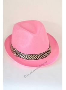 1 chapeau Borsalino rose