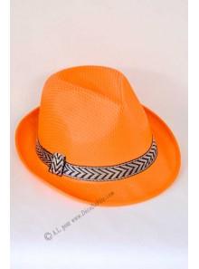 1 chapeau Borsalino orange fluo