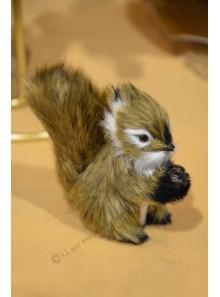 1 écureuil CARAMEL