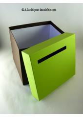 1 Urne tirelire carrée vert anis et chocolat