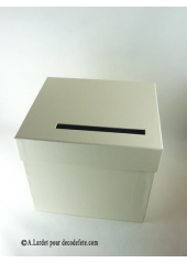 1 Urne carrée ivoire