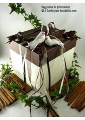 1 Urne carrée chocolat et ivoire