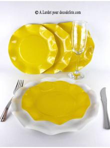 10 Assiettes à dessert fleur jaune