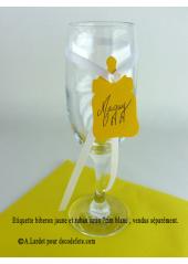 12 Etiquettes biberon jaune