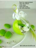 1 Boule transparent vert anis 5cm