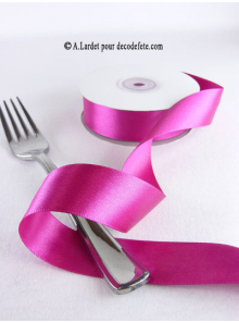 25m Ruban 25mm satin fushia