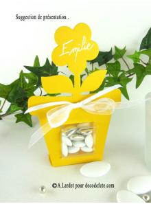 6 boîtes fleur JAUNE