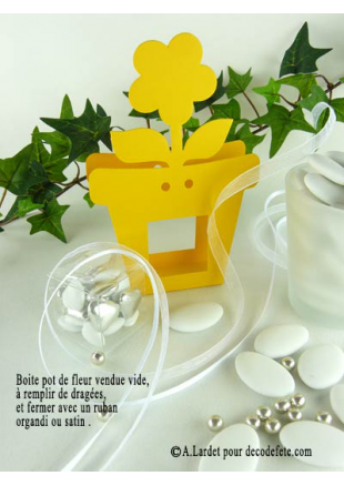 6 bo tes pot de fleur jaune boites en carton fleur. Black Bedroom Furniture Sets. Home Design Ideas